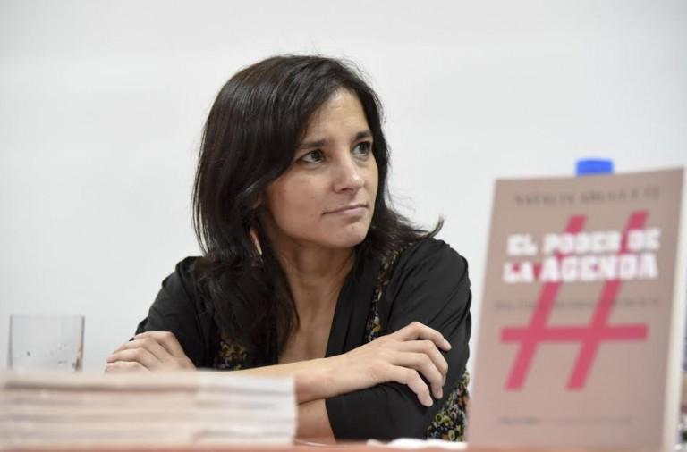Exposición de Natalia Aruguete, autora de El poder de la agenda
