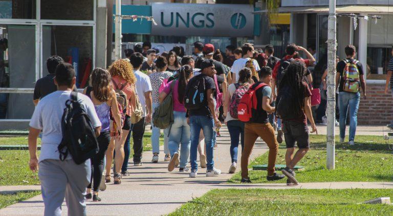 Concurso para estudiantes de carreras universitarias en administración, gestión, gobierno y políticas públicas