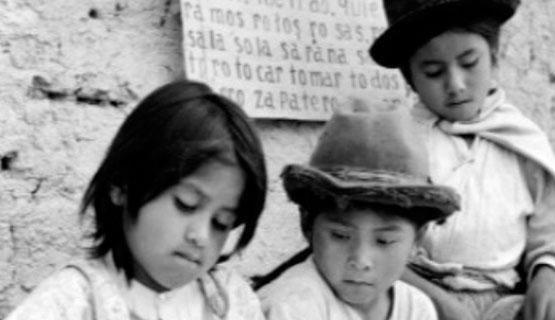 """Charla """"Descolonización y vivir bien"""", con Jiovanny Samanamud"""