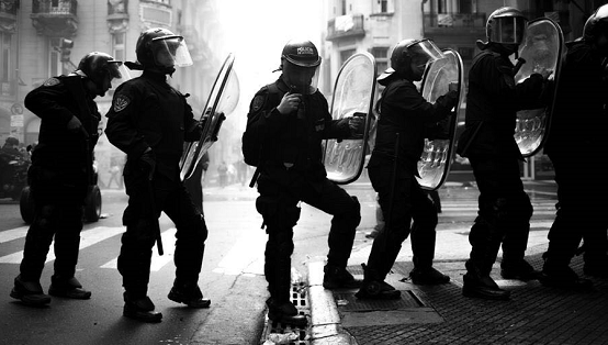 Basta de represión y criminalización de la protesta social