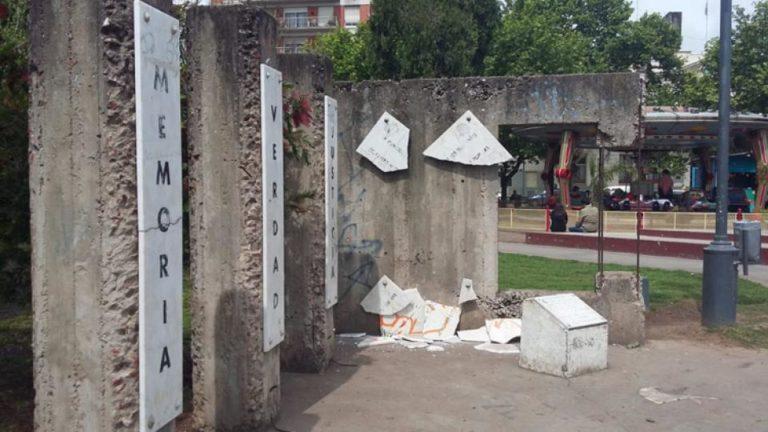 Destrozaron el monumento de Memoria, Verdad y Justicia en San Miguel