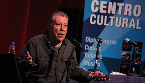 El arte que hace comunidad. Mauricio Kartun en el Encuentro de Teatro de la UNGS
