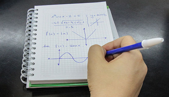 Acompañamiento para estudiantes que deban el final de Introducción a la matemática