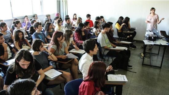 Ingresantes: asignación de comisiones y aulas