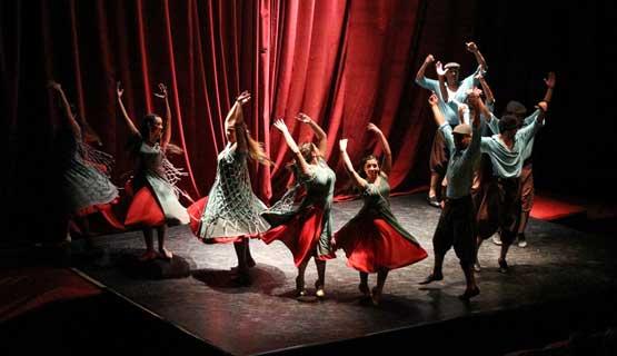 Sumate al Elenco de Danzas Folcklóricas de la UNGS