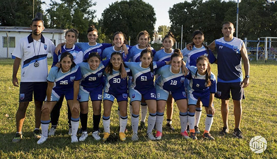 El fútbol universitario femenino llegó a la liga escobarense