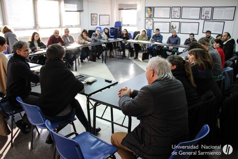 Niñez y adolescencia, en la agenda pública: Encuentro de funcionarios e investigadores en la UNGS