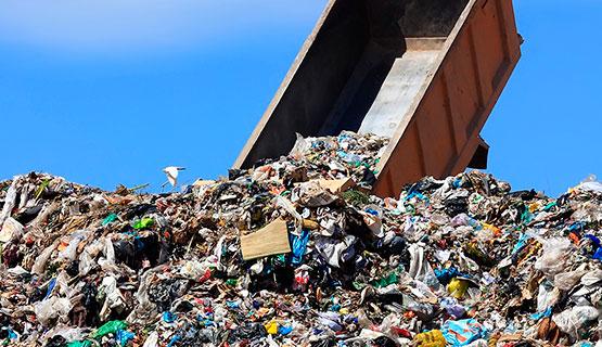 Francisco Suárez en AM 530 habló sobre el DNU que permite la importación de residuos