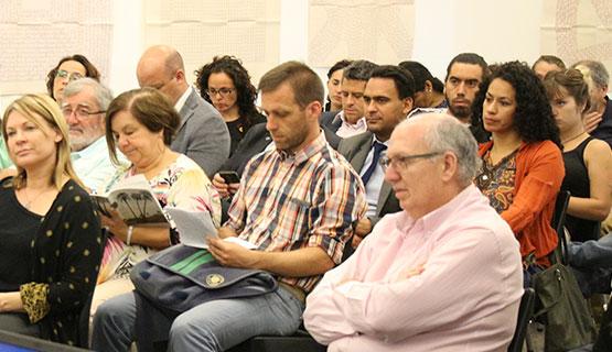 Encuentro entre la Universidad y representantes del sector socioproductivo de la región