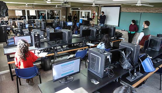 Se inauguró en la UNGS un Centro de Telemedicina para detección de covid-19