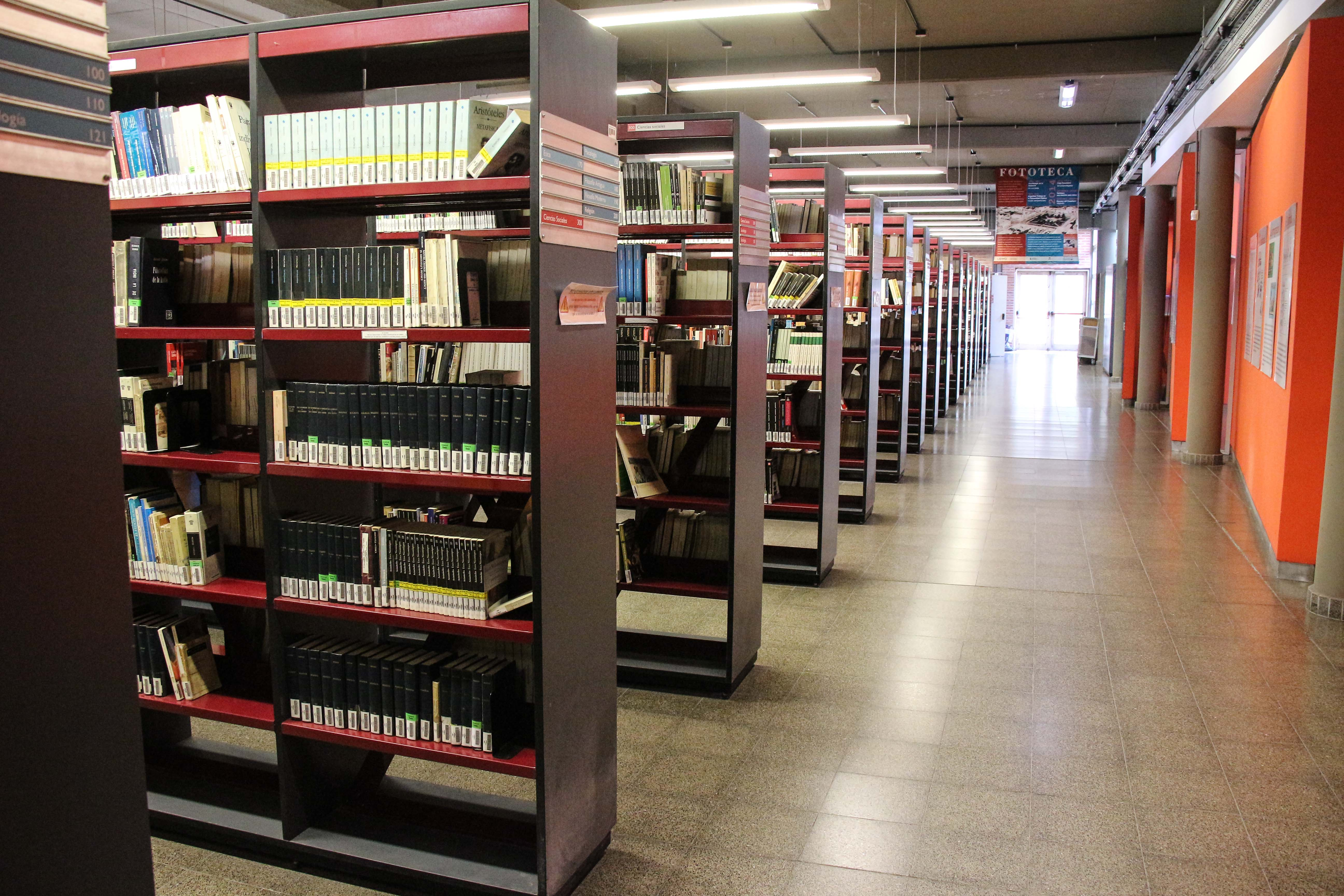 Ampliación en horarios de atención presencial en la biblioteca